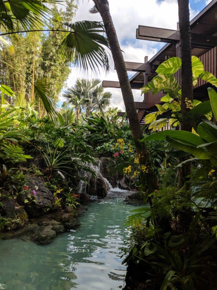Theming Outside Disney's Polynesian Village Resort