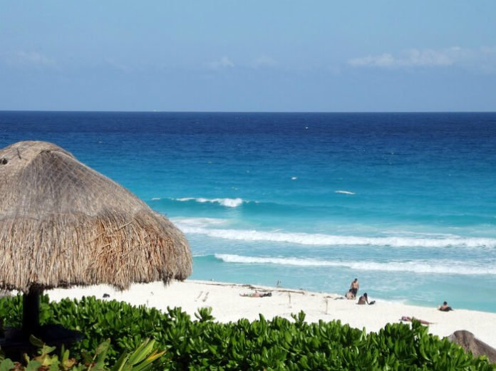 Mexico hotels under $100 a night in Cancun, Playa del Carmen, Puerto Vallarta, Mexico City