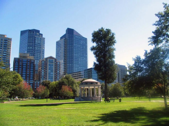 Boston 4 star hotels under $100 rate deals