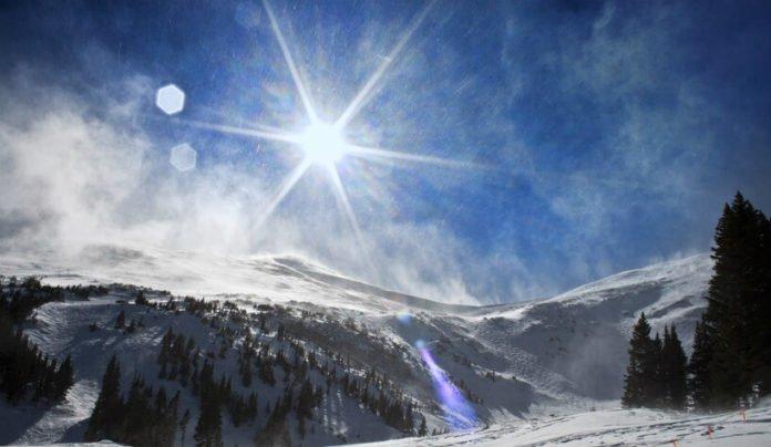 Save up to 25% on Breckenridge Colorado hotels Wyndham Vacation Rentals, Pine Ridge Condominiums