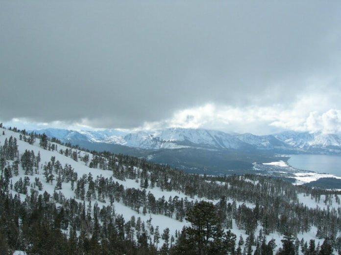 Save 32% on hotels at Lake Tahoe Ski Resort discounted nightly