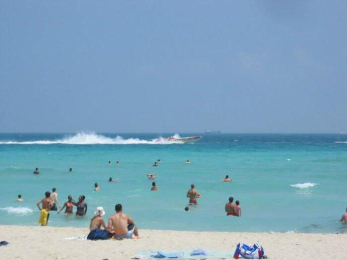 Win Miami trip sweepstakes airfare credit stay at COMO Metropolitan Miami Beach