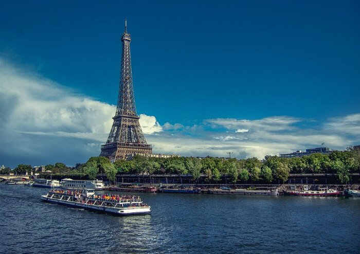 Paris hotel la seine cruise package deal green for Deal hotel france