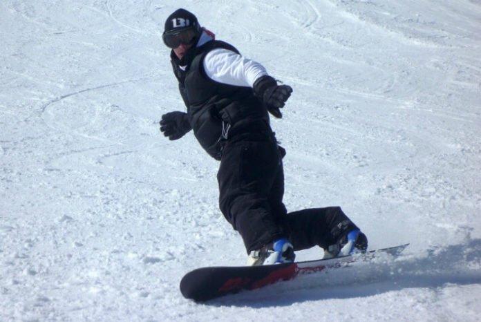 Mount Spokane Washington Idaho hotel deals near skiing snowboarding