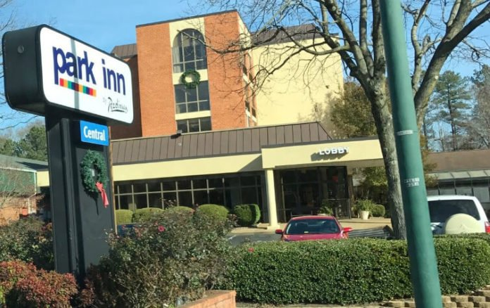 Park Inn Radisson Williamsburg Historic near Colonial Williamsburg with free breakfast indoor pool discount price