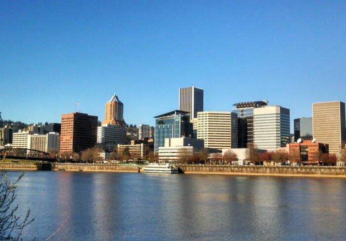 Save up to 30% hotels in Portland Oregon Dossier, Heathman, River's Edge, Sentinel