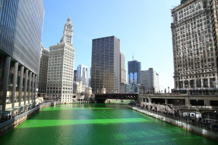 save up to 30% on hotel near St. Patrick's Day Parade in Chicago Illinois