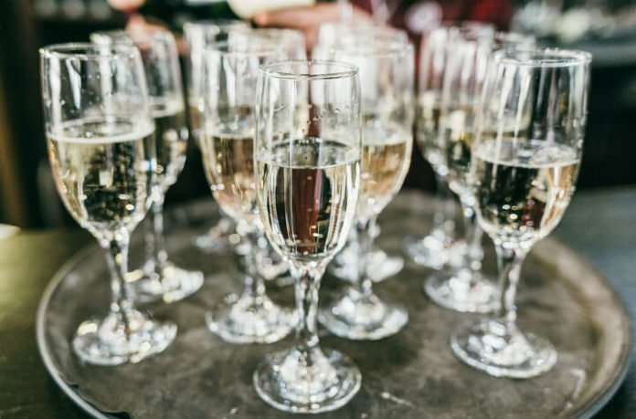 Save 35% off Brooklyn Wine Fest drink wine from all around world NJ NY