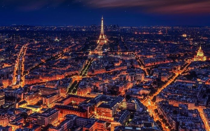 Cheap nonstop roundtrip airfare from Minneapolis Minnesota to Paris France