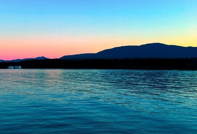 Cheap cruises out of LA visit British Columbia, Alaska, Oregon, Mexico