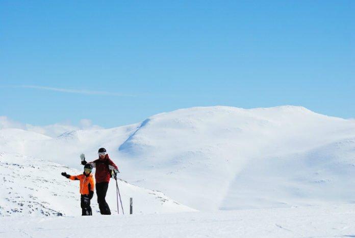 Top 10 Sweden ski resorts enjoy Allpine cross-country skiing snowboarding
