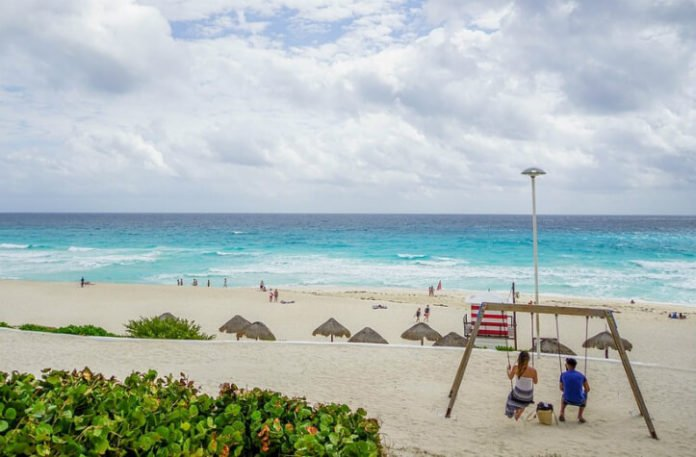 Cheap round trip flight from New York City to Cancun Mexico for $230