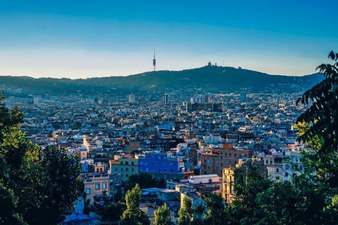 Cheap flight from Los Angeles California to Barcelona Spain