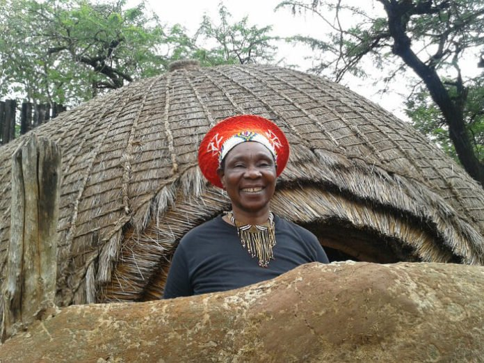 Discounted tour from Durban South see Zulu village Phezulu Safari Park