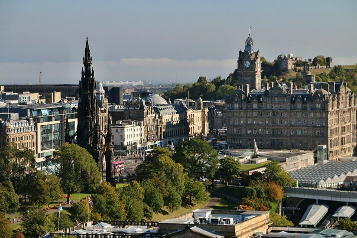 Central four-star hotel filled with contemporary design and original features in central Edinburgh