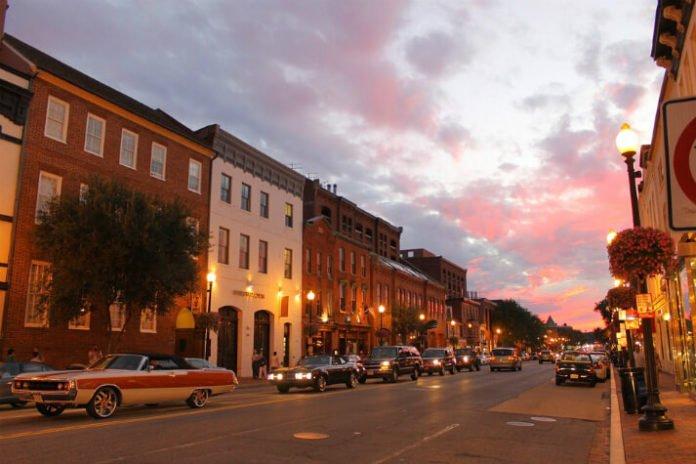 Georgetown Ghost Walking Tour 50% off savings