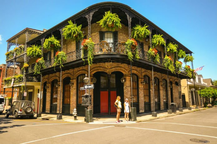 Book cheap flights from Newark, LA, Minneapolis, Orlando, Miami, Baltimore to New Orleans