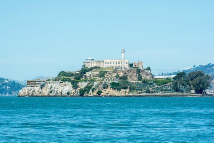 10 places to visit in San Francisco & how to save money at Alcatraz food wine craft cocktail vampire tours