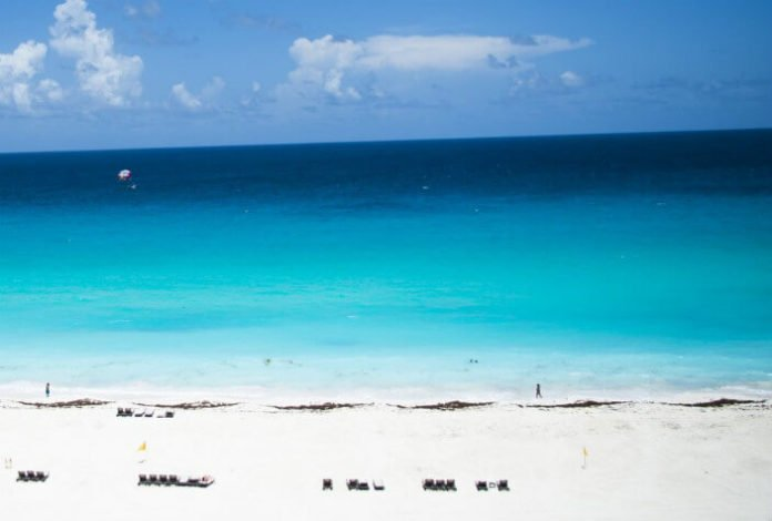 Win a free trip to Cancun Mexico cheap flight sweepstakes hotel included
