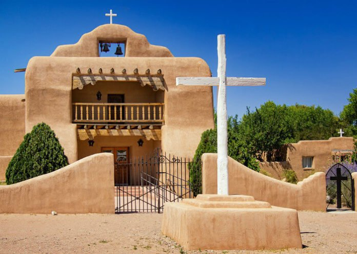 Win a free trip to Abiquiu New Mexico hotel travel expenses