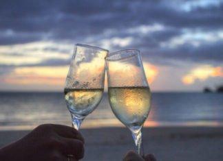 Top 6 best Samoa hotels for destinaton wedding