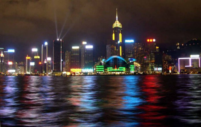 Cheap nonstop roundtrip flight from Los Angeles to Hong Kong $394