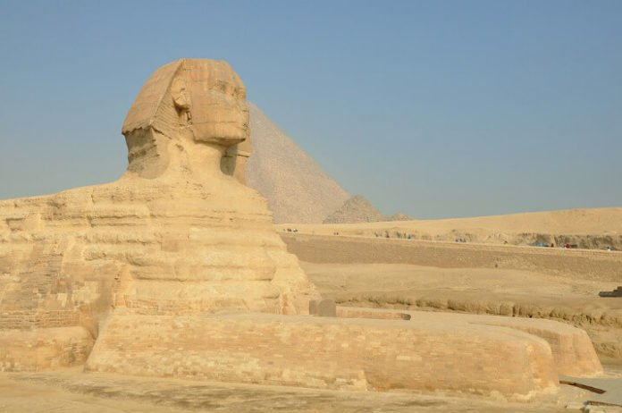 Book a cheap flight from NYC to Cairo Egypt discounted airfare