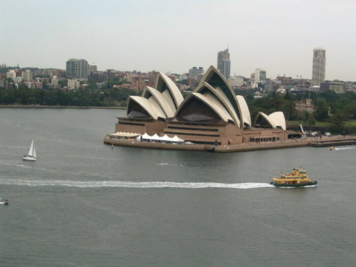 Discounted cruises out of Auckland visit cities in New Zealand & Australia