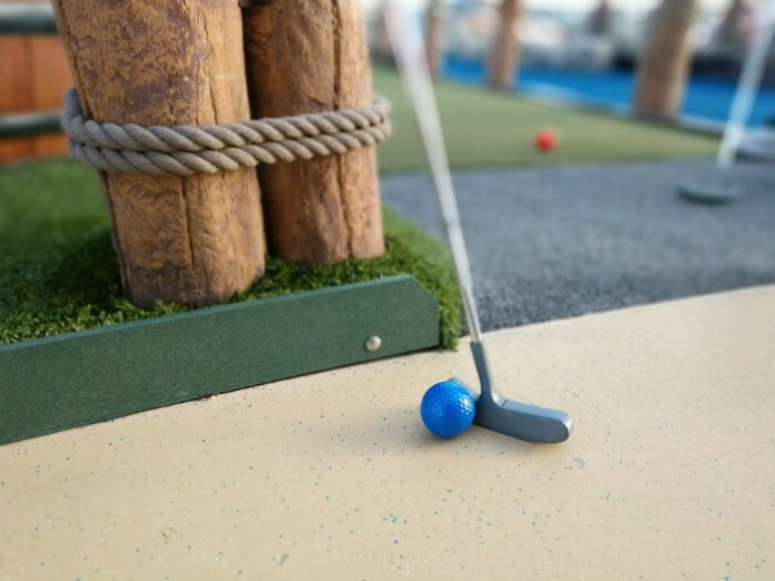 Pigeon Forge Tennessee mini-golf discount prices