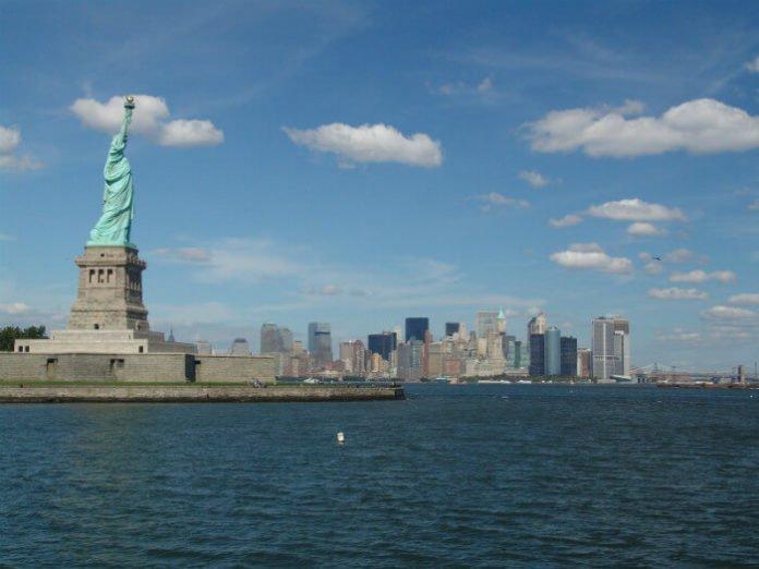 New York CIty Cinco de Mayo Cruise half off yacht party