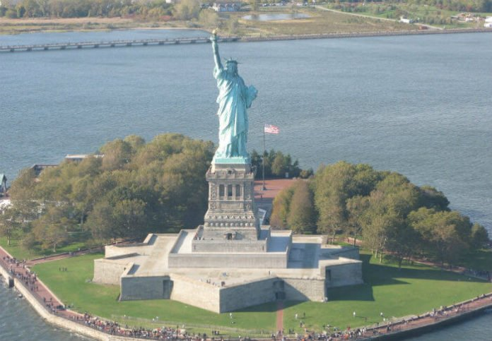 New York City helicopter tour deal aerial view of landmarks buildings