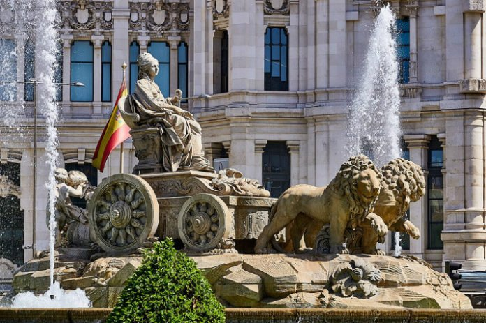 Top 10 best Madrid Spain hotel deals save up to 35%