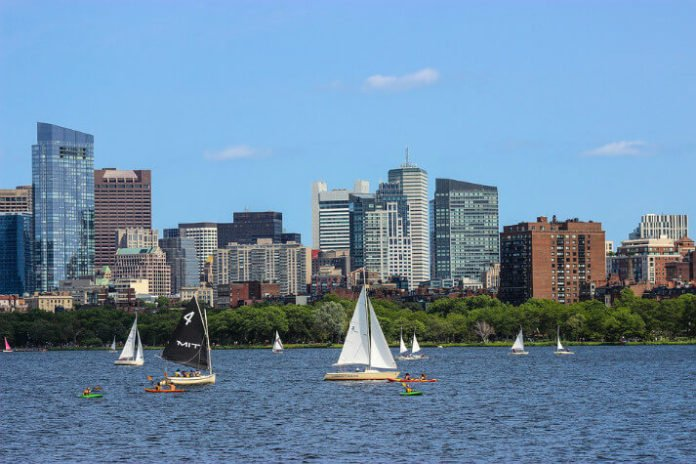 Save money on Boston Mother's Day Cruise on CHarles River