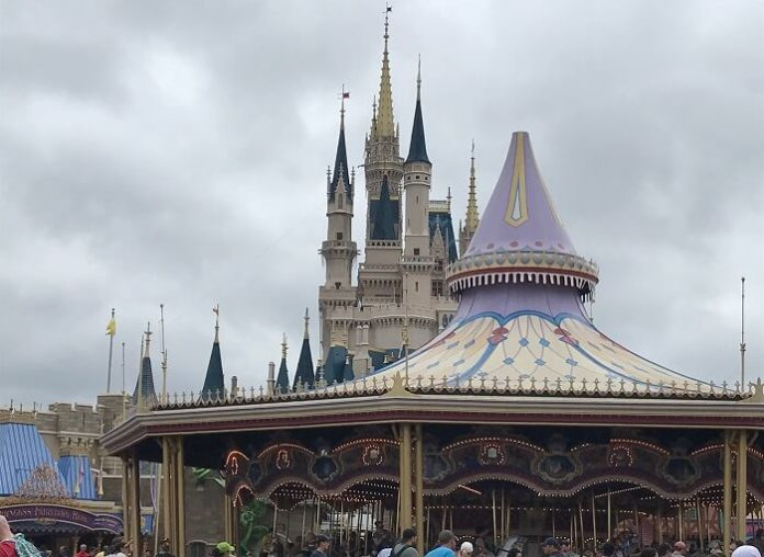 Discounted holiday package flight from London to Orlando Disney World tickets & Stay at WDW hotel Caribbean cruise