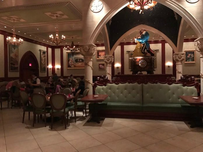 How to eat for cheap at Walt Disney World Resort in Orlando, Florida