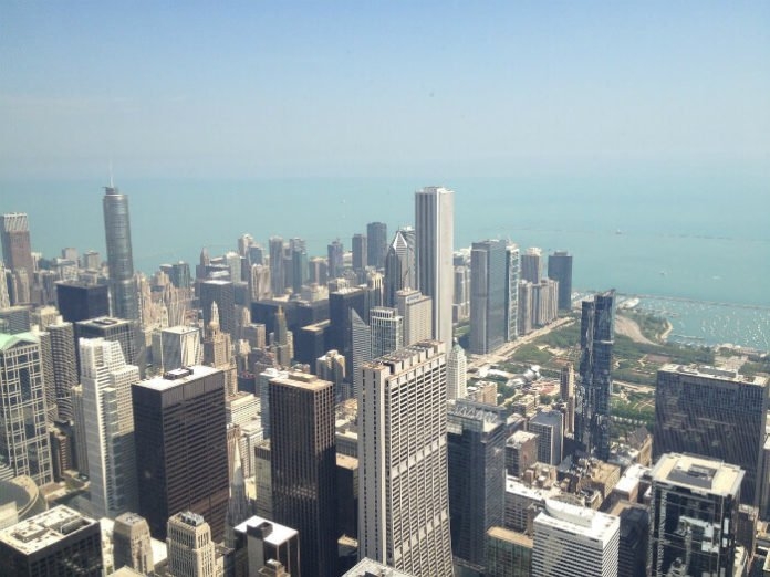 Save over $100 on top Chicago attractions by booking a Hilton hote