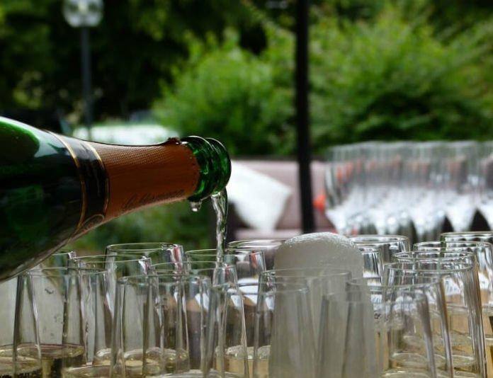 Discount price for Lincoln Park Wine Festival Chicago Illinois