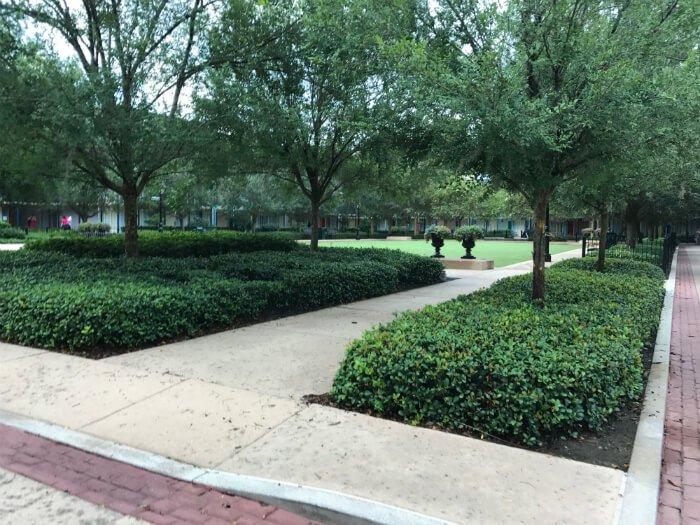 greenery trees bushes shrubs Port Orleans French Quarter disney hotel