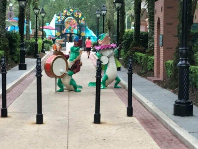 Disney's Port Orleans French Quarter hotel musical alligator statues