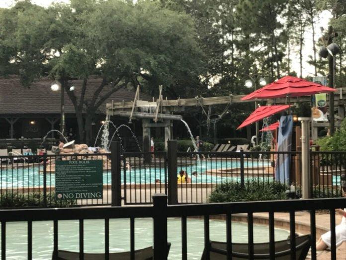 Port Orleans Riverside pool Disney World hotel