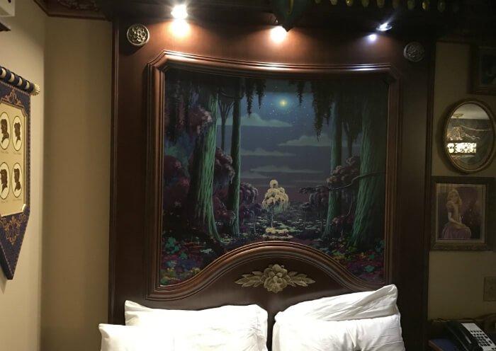 Port Orleans Riverside Royal Guest Room princess frog theme above bed