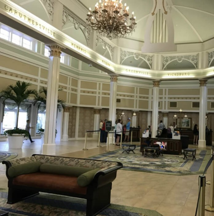 lobby Disney's Port Orleans Riverside resort hotel