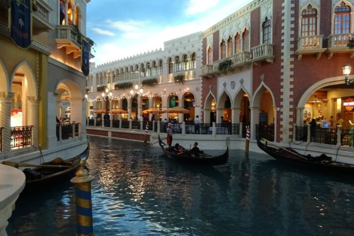 Venetian Las Vegas Mothers Day brunch specials discounted nightly rate
