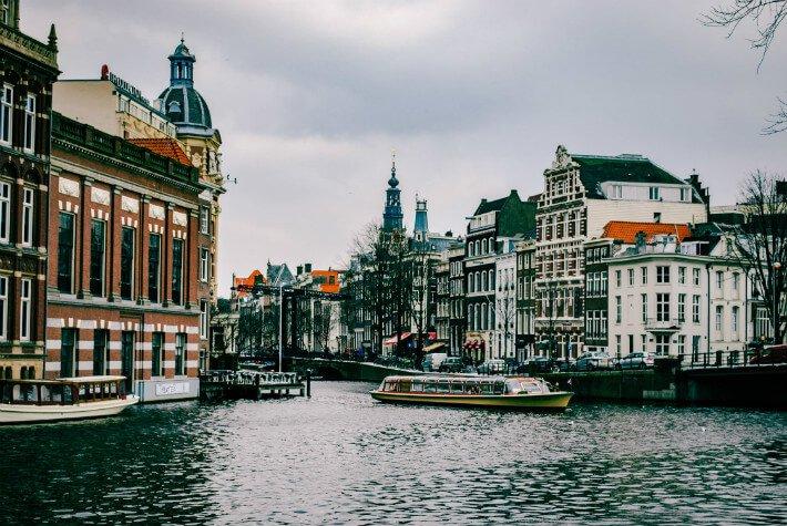 Amsterdam Flight And Hotel Deals