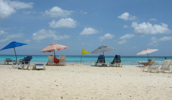 Barbados hotel deals save up to 60% at Cobblers Cove, Dover Beach, Radisson Aquatica, Yellow Bird