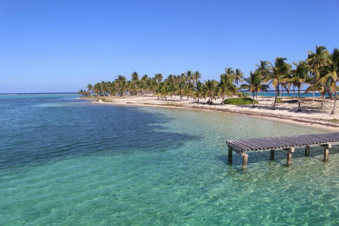 Discounted hotel rates for Belize enjoy snorkeling scuba diving beach