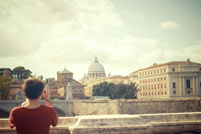 Win a free trip to Rome Italy & the Vatican