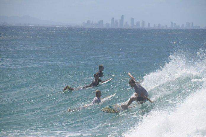 Gold Coast Australia hotel deals Sea World Resort Mantra Couran Cone Island Grand Star