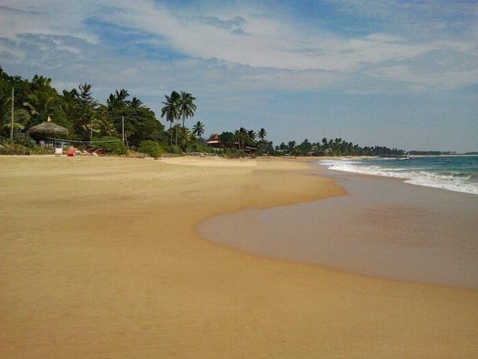 Enjoy holiday enjoy Hikkaduwa's beaches & nightlife at luxury resort