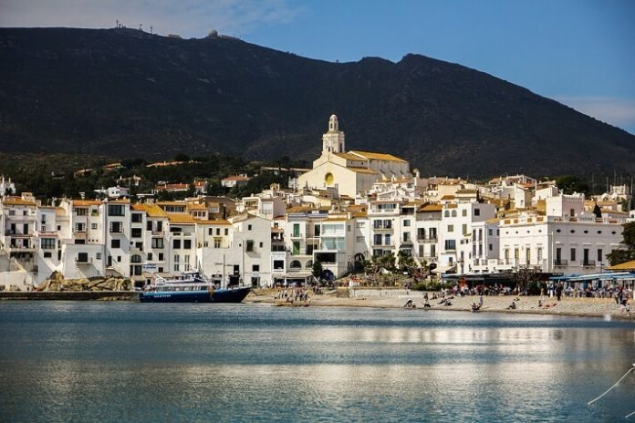 Discounted Mediterranean cruises from Marseille France see Spain Italy Malta